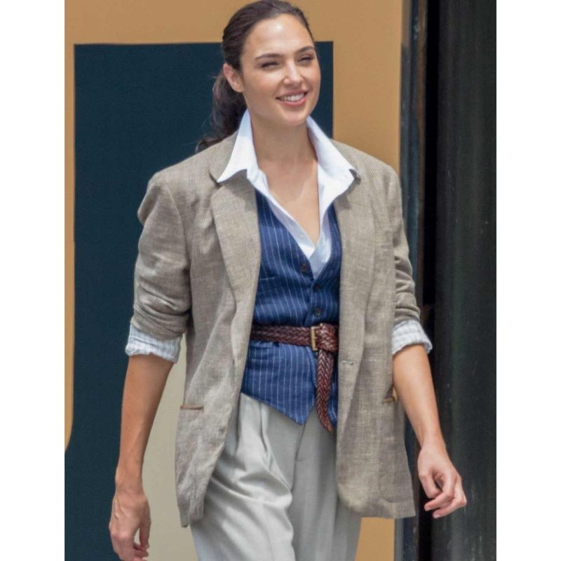 Wonder Woman 1984 Gal Gadot Blazer